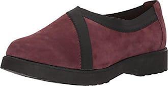 e4ec284d471 Clarks Womens Bellevue Cedar Slip-on Loafer