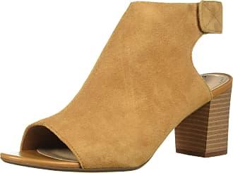 ad18baf903f Clarks Sandals for Women − Sale  at £28.78+
