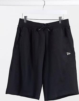 New Era Essentials - Schwarze Shorts