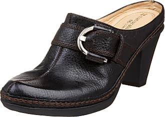 Naturalizer womens Cecilia Ankle Straps White Size: 8.5 Wide
