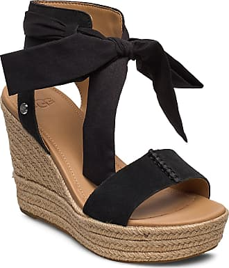 Moschino Wedges: 17 Produkter   Stylight
