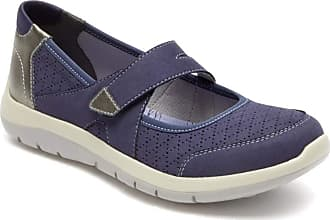 New Balance Mary Janes − Sale: up to