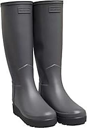 Hunter slim fit tall wellington boots. These are ideal for muddy fields and the wet weather