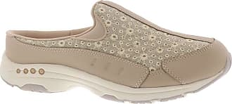 Easy Spirit womens Travel Time 451 Beige Size: 8.5 Wide