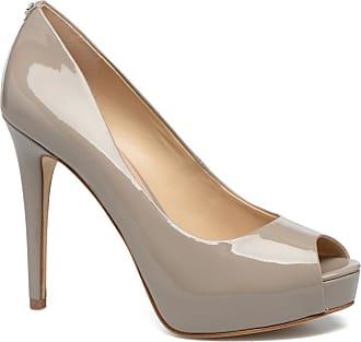 358b6a0849fc Chaussures Guess® Femmes   Maintenant jusqu  à −62%   Stylight