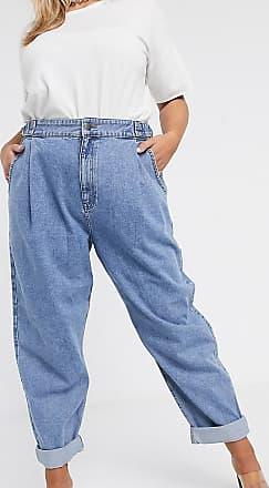 Asos Curve ASOS DESIGN Curve - Schmal zulaufende Boyfriend-Jeans mit D-Ring an der Taille und abgerundeten Nähten in Mittelblau