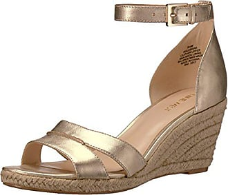 Nine West Womens Jabrina Metallic Wedge Sandal, Light Gold, 10.5 M US