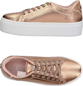 online retailer 0d80e 66c0a Guess®: Scarpe in Marrone ora fino a −15% | Stylight