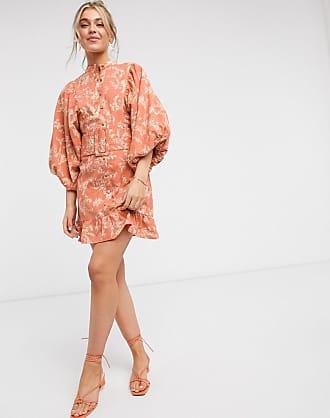 Asos Vestito corto accollato in cotone con bottoni, maniche ad ali di pipistrello, cintura e stampa a fiori-Multicolore
