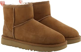 UGG Boots & Booties - W Classic Mini II Graphic Logo Chestnut/Neon Coral - cognac - Boots & Booties for ladies