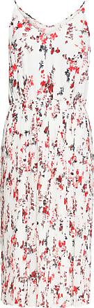 5506fcc76b33 Bodyflirt Dam Plisserad klänning i vit utan ärm - BODYFLIRT