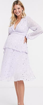 Queen Bee Maternity plunge front tiered midaxi dress with belt in lilac star print-Purple
