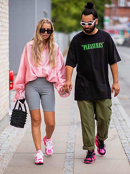 Knallige Sneaker cool und stylish kombinieren | House of