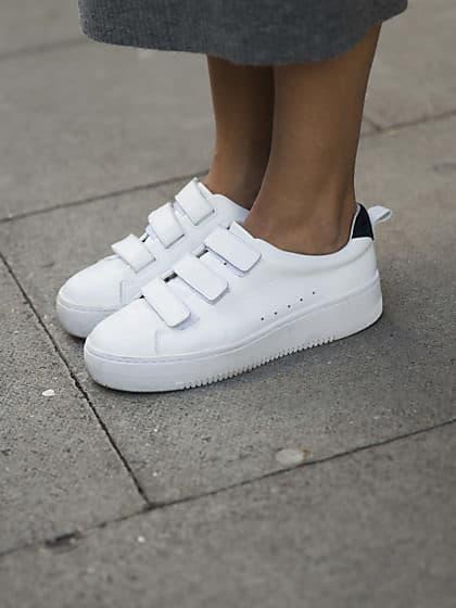 Welcher Jeansschnitt passt zu welchem Sneaker? | House of