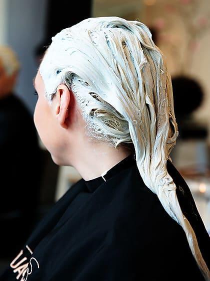 Haare Grau Färben Alles Was Ihr Wissen Müsst Stylight