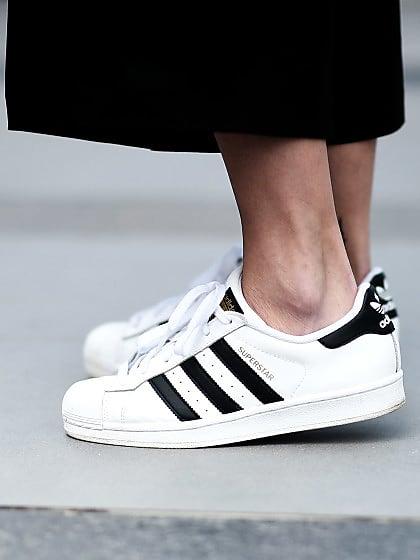 Come pulire le scarpe bianche: 10 trucchi per averle nuove   Stylight