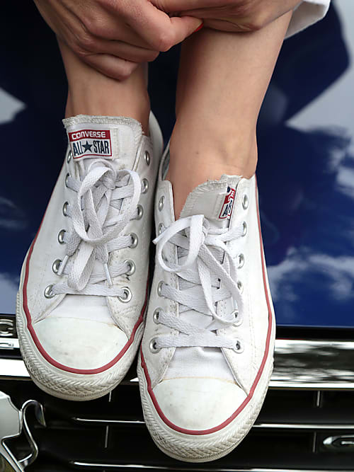Zo kom je van die piepende schoenen af | Fashionchick