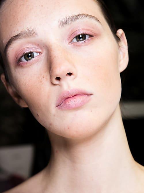 Das Sind Die Häufigsten Gründe Für Unreine Haut Stylight
