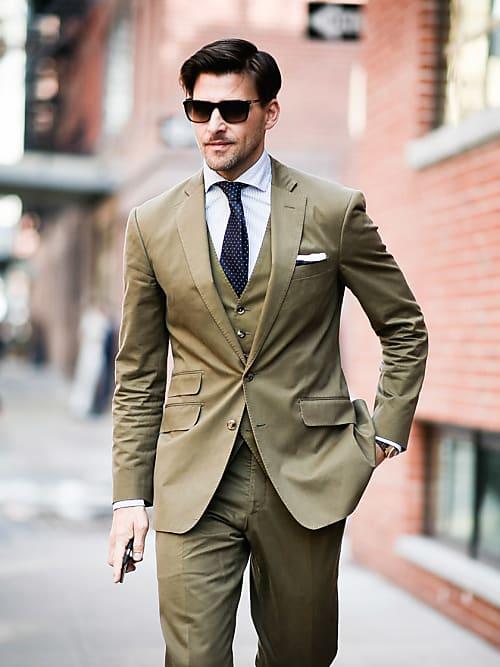 2cd397821cad7 Fashion rules  come deve calzare un abito da uomo