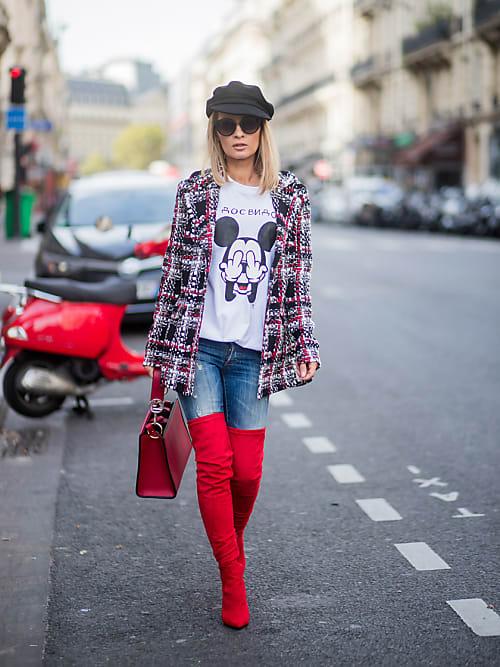 I jeans skinny sono perfetti da indossare con gli stivali alti oltre a  slanciare la figura, regalano anche un po\u0027 di tepore.