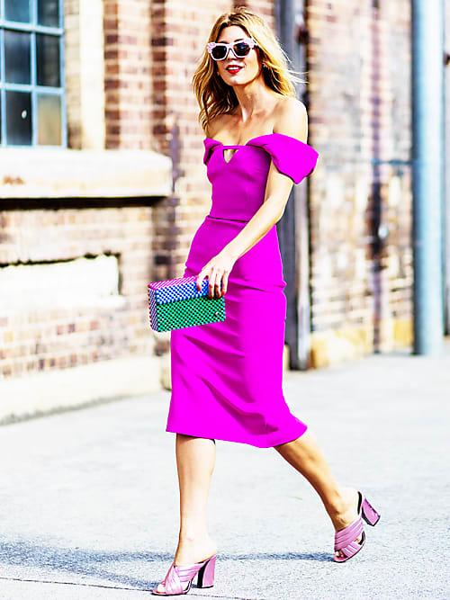 Qual è il colore preferito di Barbie  Il rosa shocking 304eb2003fa