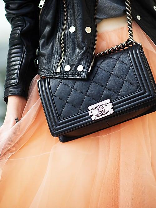 a7bdf233ca30f Sieht super aus - und ist auch noch eine echte Geldanlage  eine Bag von  Chanel (hier die Boy Bag).