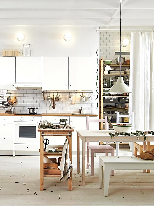 5 super ideen wie du deine kleine k che einrichten kannst. Black Bedroom Furniture Sets. Home Design Ideas