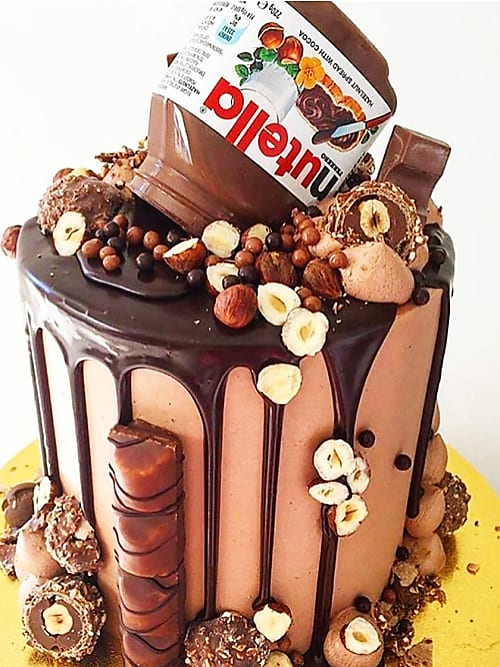 Awesome Insane Birthday Cakes You Can Totally Make At Home Stylight Funny Birthday Cards Online Ioscodamsfinfo