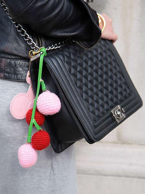 51796deaafbbe Warum dein Finanzberater jetzt zum Kauf einer Chanel-Tasche rät ...
