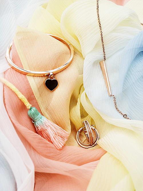 Diese Fashion Farben Passen Zu Deinem Lieblingsschmuck Stylight