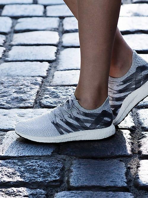 best sneakers dcf49 46b1b Der Adidas Futurecraft ist ein Sneaker aus dem 3D-Drucker  S