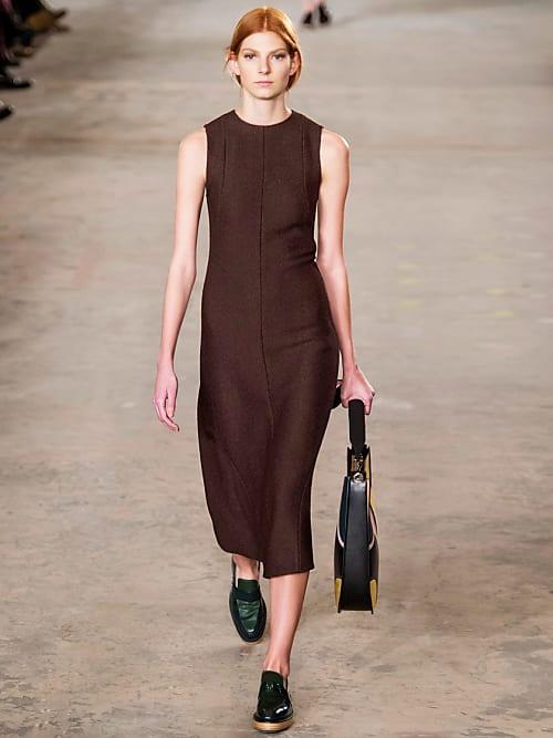 servizio eccellente stile alla moda moda Abbinamento colori vestiti scarpe: i consigli per ogni tono ...