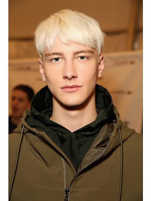 Männer blond gefärbte haare Psychologie der