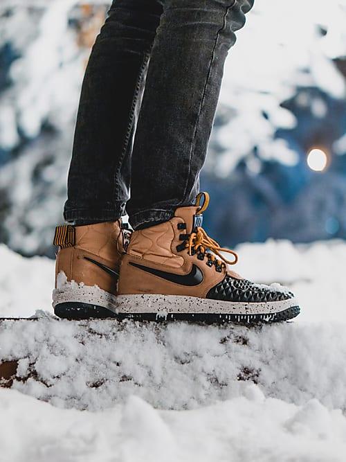 Nie mehr kalte Füße - Das sind die 10 besten Sneaker für den Winter