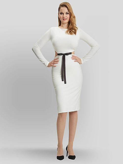 83541d17d94b Mode märket GR-Eight erbjuder kvinnor med stor byst och liten kroppsbyggnad  kläder som passar - som den här cut-out klänningen som framhäver en smal  midja ...