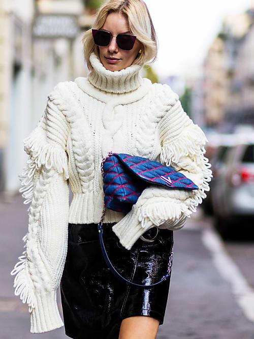 miglior servizio 8ec03 b34d4 15 modi per essere glam col maglione a collo alto - Stylight ...