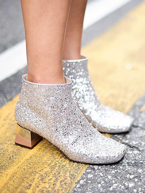 Come abbinare scarpe argentate  5 modi cool  71d50d71bea