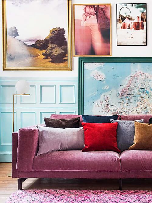 Come decorare la parete dietro divano 10 idee stylight for Parete dietro divano