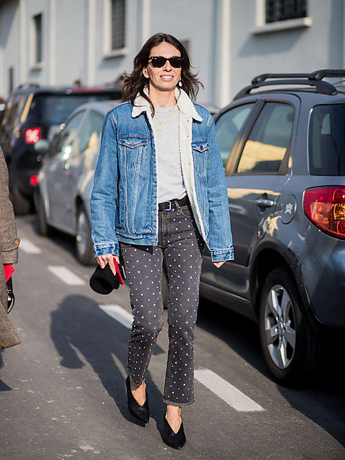 a1893905143c96 Fashion editor Viviana Volpicella has got the cosy denim look down.