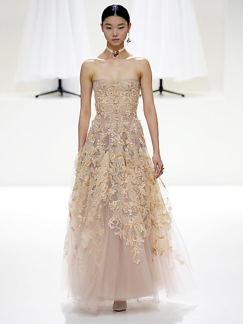 Abiti da sposa Haute Couture  i modelli a cui ispirarsi  06a53ffd93b
