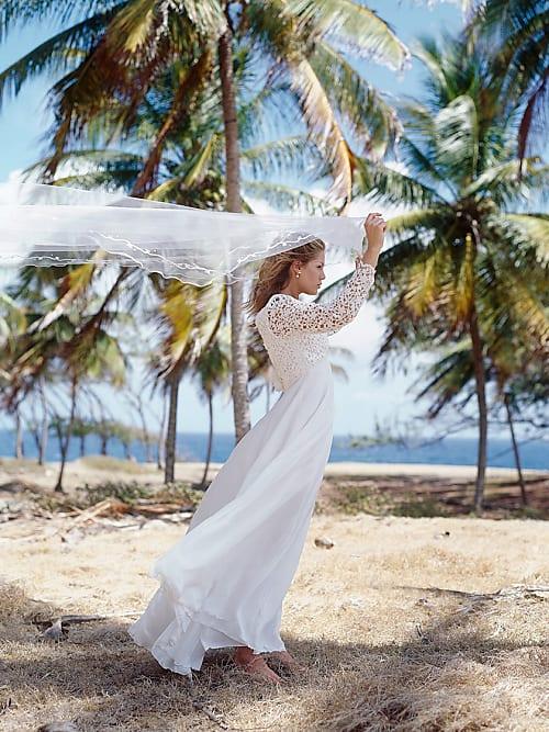 040f55b5d0af Dein perfektes Kleid für eine Strandhochzeit   Stylight