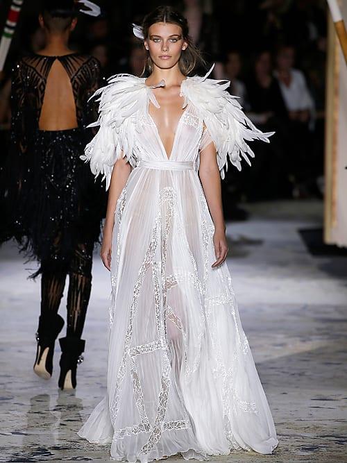 7ba0b81647a6 Abiti da sposa Haute Couture 2018  5 modelli da copiare