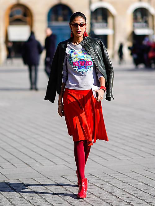 schnelle Farbe große Auswahl große Sammlung So trägst du Röcke gekonnt mit Stiefeln und Strumpfhose ...