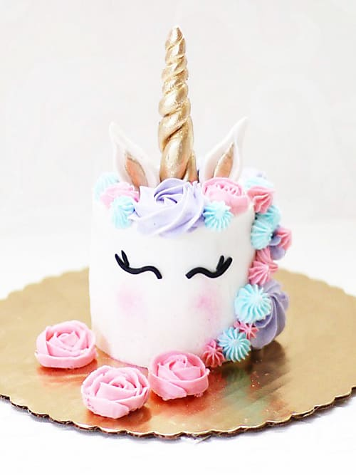 Magnificent Insane Birthday Cakes You Can Totally Make At Home Stylight Funny Birthday Cards Online Chimdamsfinfo