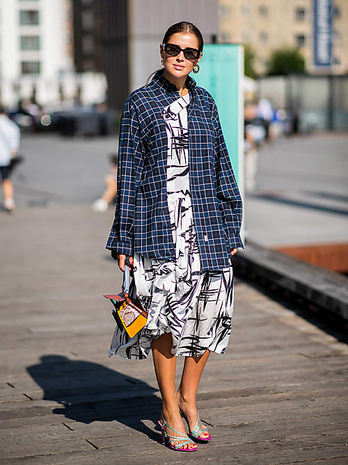 5 Rules For Wearing Summer Clothes In Winter Stylight