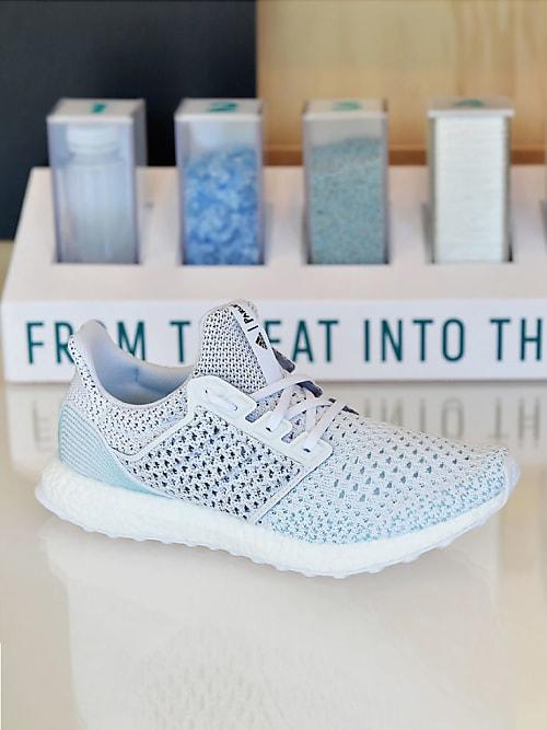 Adidas macht erfolgreich Sneaker aus Ozean Plastikmüll