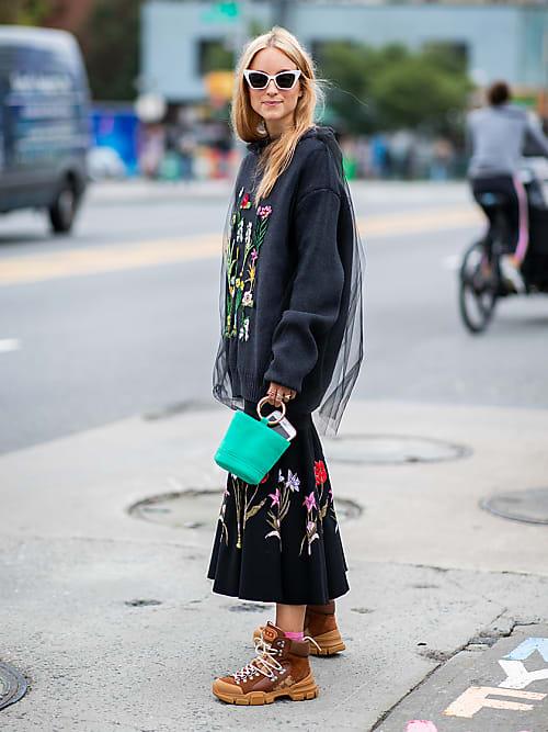 Stivali da trekking: 4 modi cool per indossarli in città