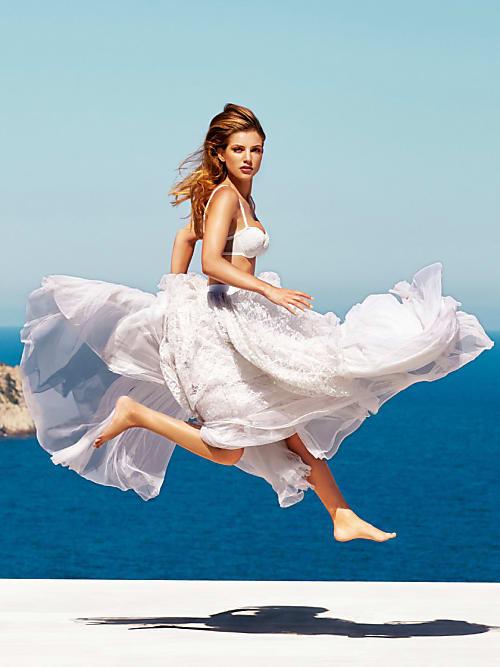 dfde1e683433 So findest du die perfekten Braut Dessous für die Hochzeit   Stylight