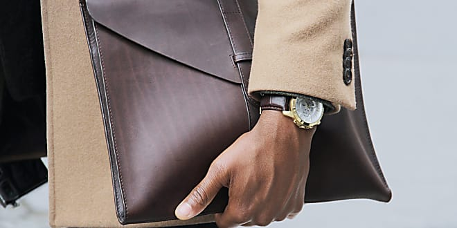 Waiting on your Rolex? These are the best watches under $500, the most stylish alternatives to a rolex, rolex watch, affordable watches, luxury mens watches, mens investment watches, best mens watches