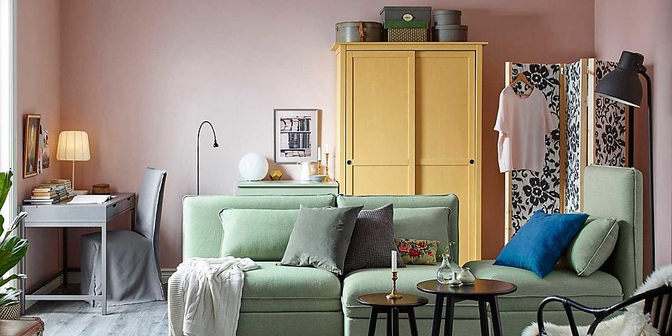 wohnzimmer dekorieren die 10 besten tipps stylight. Black Bedroom Furniture Sets. Home Design Ideas